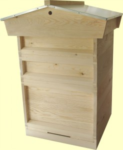 national hive with gabled roof and 14x12 brood chamber