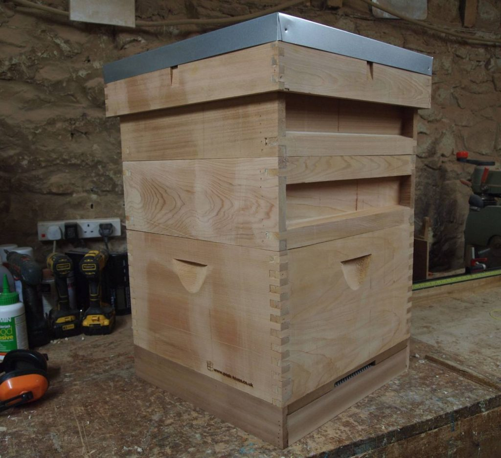 National Hive with Commercial Brood Chamber
